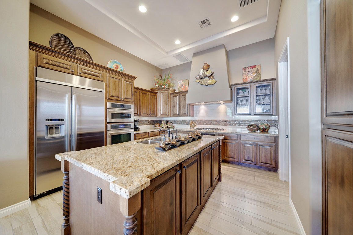 professionally staged kitchen